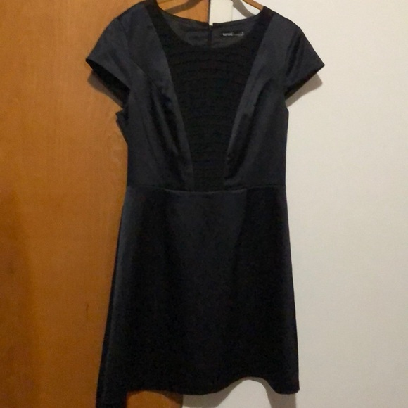 Kensie Dresses & Skirts - Kensie little black dress size 8 satin look